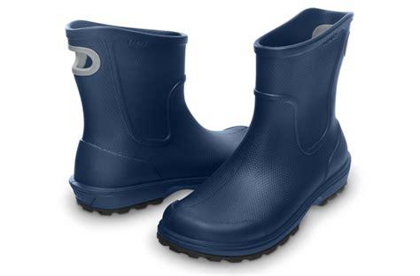 crocs wellie boot mens s shoes crocs wellie boot 12602 navy yessport eu