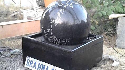 wasserspiel im garten wasserspiel granitkugel kugel wasserspiele wasserspiele