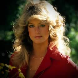 farrah fawcett hair cut farrah fawcett hairstyle tutorial popsugar beauty