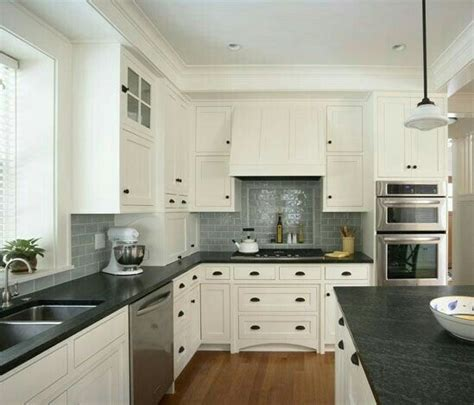 25 best ideas about gray subway tile backsplash on subway tile in kitchen an cool house to copy white