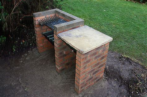 building pit out of bricks build a brick barbecue gardenersworld
