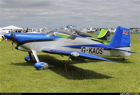 Kaos Vans Vns 023 g kaos vans rv 8 at northton sywell photo id 294526 airplane pictures net