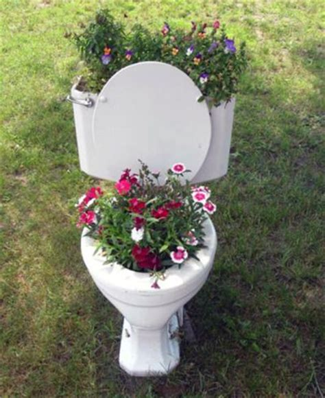 Toilet Flower Planter by Toilet Flower Planter Tacky With A Capital T Things I