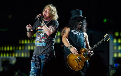 Guns N Roses by Guns N Roses Booed After Forgetting What City They