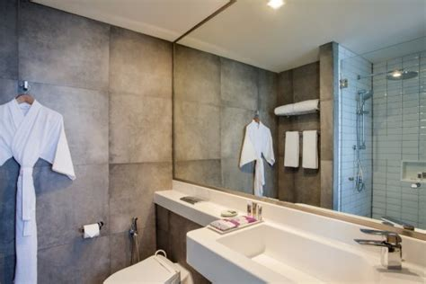 bathroom privileges mercure jakarta pantai indah kapuk r m 1 3 6 rm 113