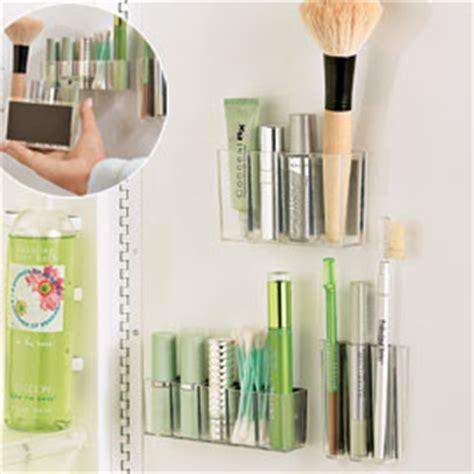 Spiegelschrank Organizer by Magnapods Makeup Organizers Contemporary Bathroom