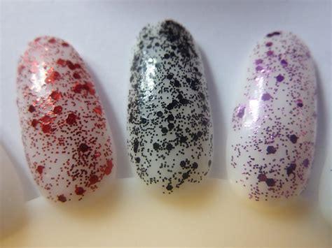 La Glitter Addict Provocative negle nymfer en om neglelak la glitter addict