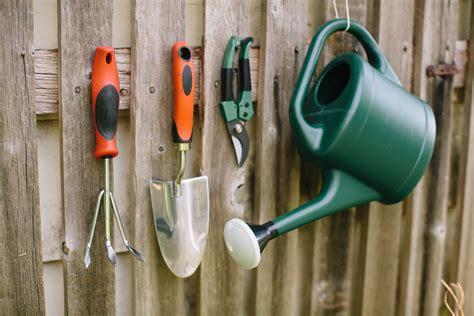 garden tools  gardener  miracle gro