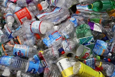 Plastik Di san francisco bans plastic bottles a step closer to zero
