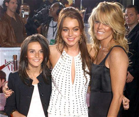 mama y hija leviana madre de lindsay lohan asegura que su hija no es lesbiana