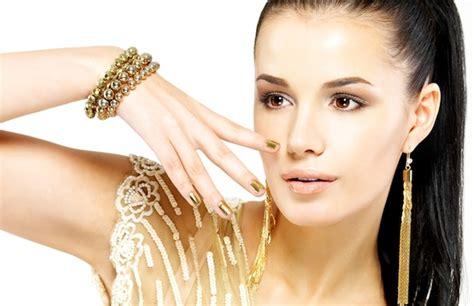 Gouden Nagellak by Gouden Nagellak Essence Grabbits