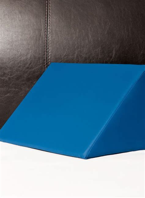 Pillow Triangle Wedge by Positioning Wedge Triangle Pillow