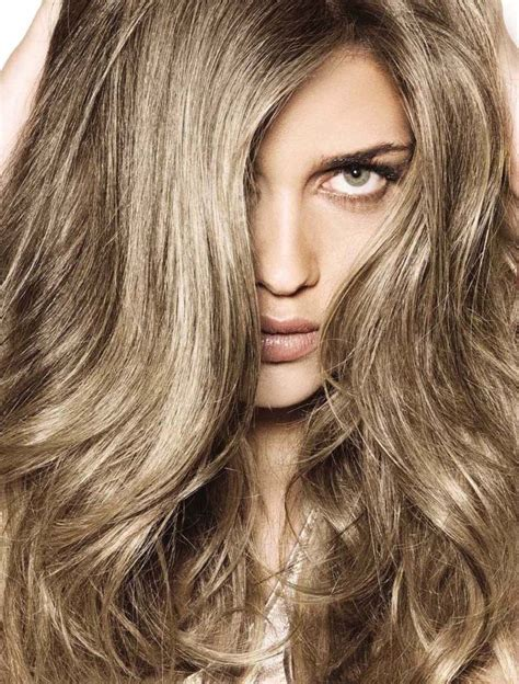 cool tone hair colors the cool metallic tones to this brown shade hair