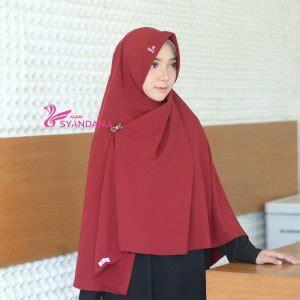 Syar I Liliyana Maroon Bergo jual jilbab bergo syari gosya maroon syandana