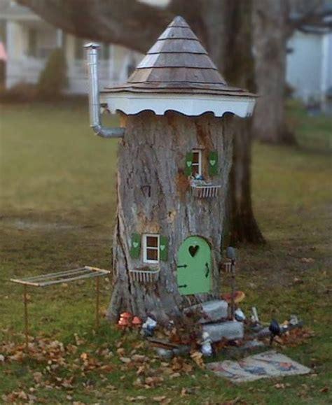 Decorating A Tree Stump by Tree Stump Decor Decorate