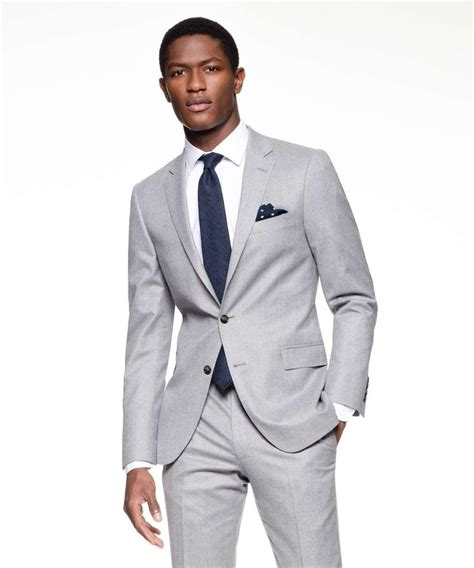what color shirt with light grey suit how to wear a light grey suit hardon clothes