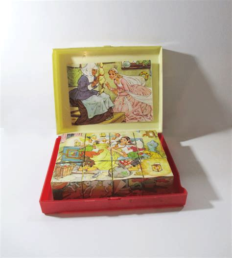Hiasan Vintage Photo Blocks Antique vintage wooden block puzzle 6 tales snow white
