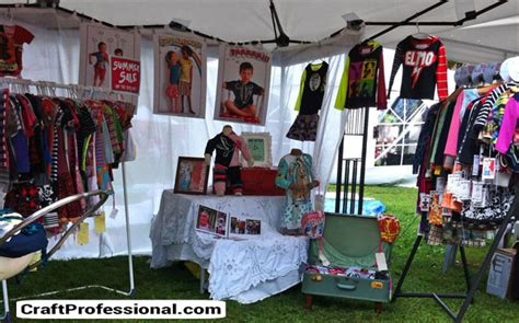 booth design fashion portable clothing displays