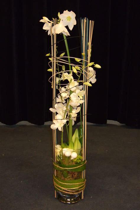 Decoratie In Hoge Glazen Vaas by 78 Images About Bloemstuk In Hoge Vaas On Tes