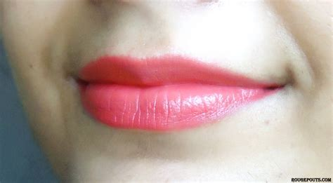 Lipstick Maybelline Colour Show maybelline color show lipstick in the shade cherry crush
