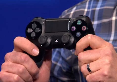 ps4 dualshock 4 works with windows pcs sony keeping an eye on steam box