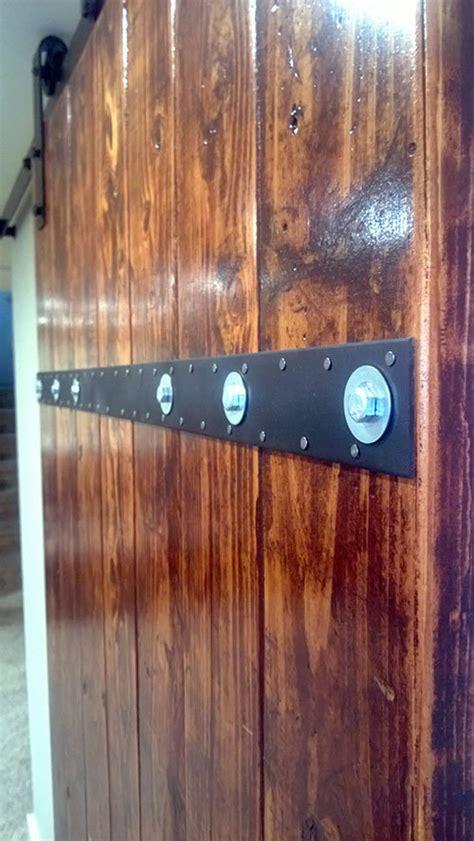 ana white diy barn door   boards diy projects