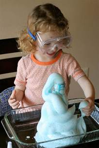 at home science experiments 20 science experiments you can do at home