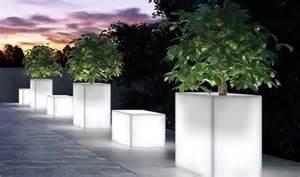 Tables De Jardin Soldes #2: pot-de-fleur-illumine-disocunt-03-z.jpg