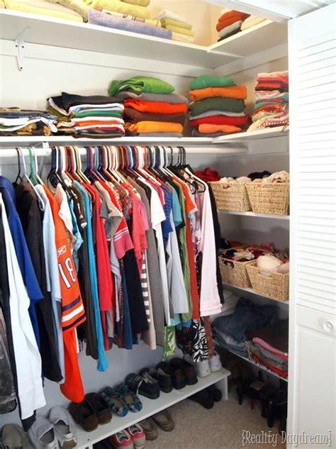 maximizing closet space diy custom closet shelving tutorial reality daydream