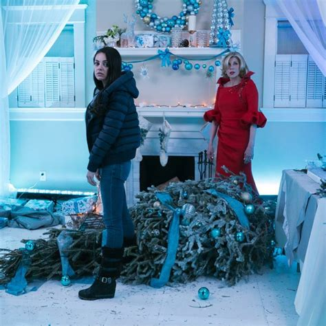 mobile movies a bad moms christmas by mila kunis and kristen bell mila kunis quot a bad moms christmas quot photos