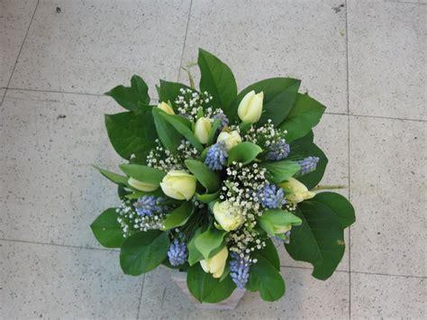 Bouquet Size M 2 sympathy bouquet 2