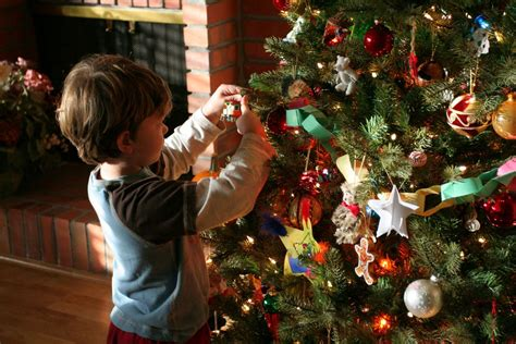 when should i put up christmas decorations put up decorations psoriasisguru