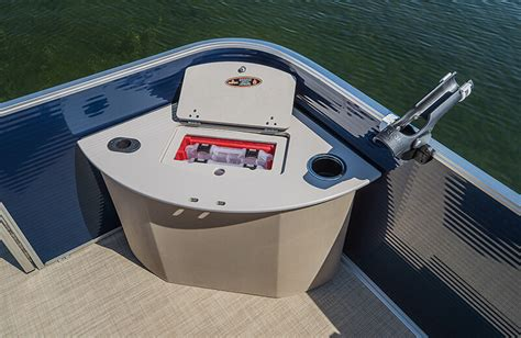 pontoon boat corner livewell crestliner 240 rally pontoon 24 foot aluminum pontoon boat