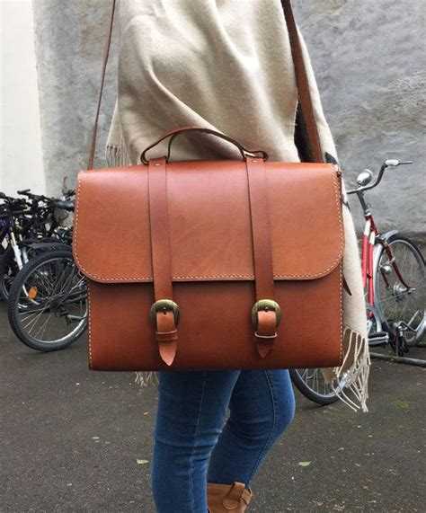 Handmade Leather Handbags South Africa - best 25 womens messenger bag ideas on