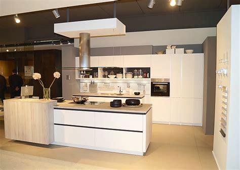 Schüller Küchen Arbeitsplatten by Wohnzimmer Deko Wasser