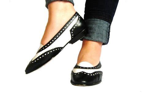 womens spectator shoes flats 1980s 80s enzo angiolini spectator shoes flats black