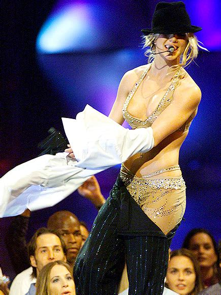 britney spears vma 2000 britney spears and the vmas a history people