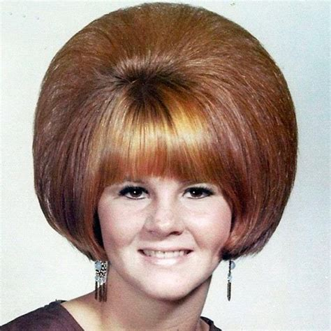 womens hairstyles from the 60s 70s ehow uk 14 coiffures des 233 tudiantes am 233 ricaines dans les ann 233 es 60