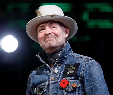 latest pop singer who has died heartbreaking music world mourns as tragically hip singer
