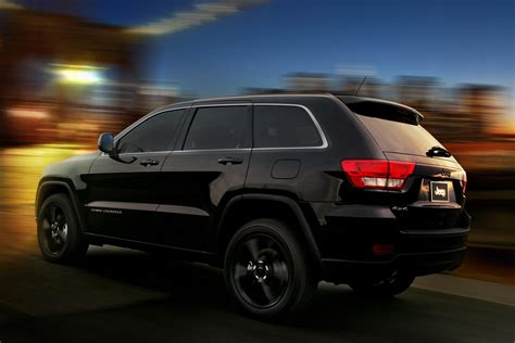 jeep cherokee blacked jeep unveils nameless all black jeep grand cherokee