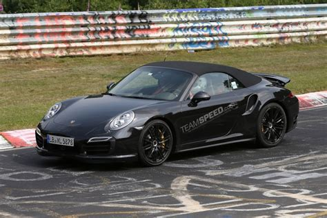 camo porsche 911 spyshots camo less 2014 porsche 911 turbo cabriolet at