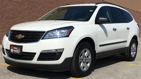 chevrolet traverse 7 seater 2014 chevrolet traverse ls awd 8 passenger backup