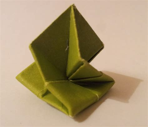 How To Make Cool Origami Toys - origami origami toys how to fold a transforming