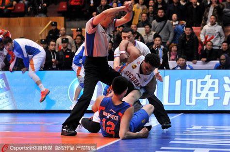 detiksport liga chion 2014 tremenda tangana en la liga china que inicia un ex nba y