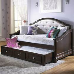 Daybeds For Toddlers Glam Daybed Cherry Daybeds At Hayneedle