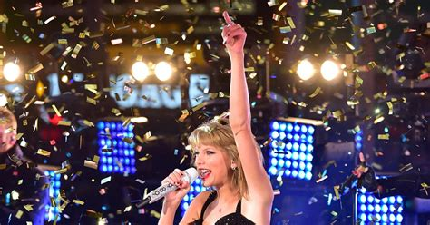 taylor swift photos celebs celebrate new years eve