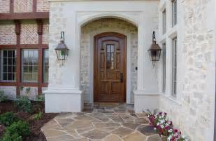 Choosing the perfect front door household decoration