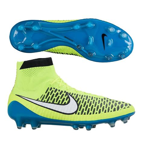 15 best images about nike s world cup soccer cleats
