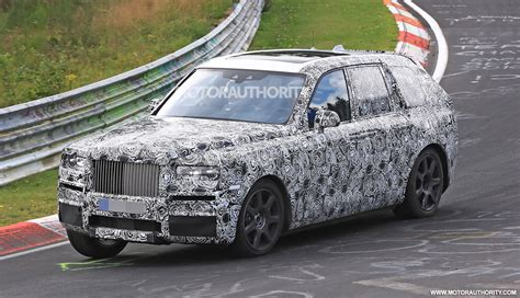inside rolls royce autos rollsroyce cullinan spied inside cheers