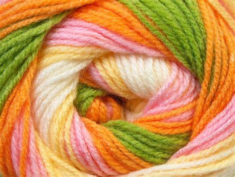 Benang Rajut Acrylic Putih baby batik kuning putih merah muda jeruk hijau benang